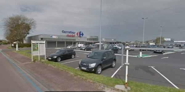 Carrefour location Carentan