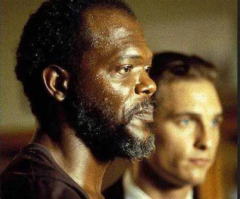 Samuel L. Jackson e Matthew McConaughey in Il Momento di Uccidere (1996)