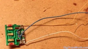 Platine de tête avec câbles