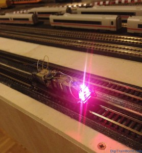 Fleischmann N - DB V100 DCC Conversion - Lights test