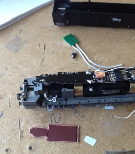 Vossloh G2000 Next 18 DCC conversion: Original NEM651 board