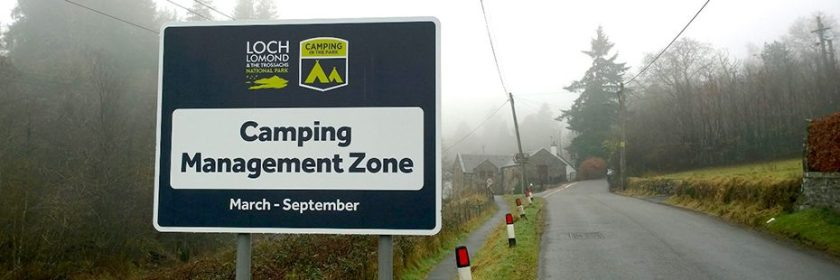 camping-management-zone-march-september-road-sign-at-edge-of-road-outside-aberfoyle-misty-day