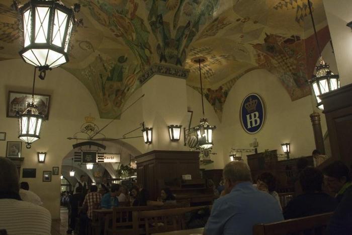 Hofbräuhaus por dentro