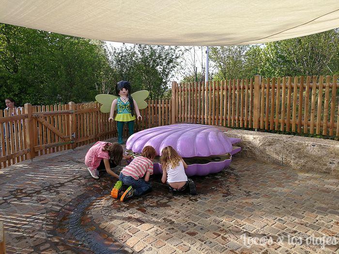 Cogiendo tesoros en el Mundo de las Hadas en el Playmobil FunPark