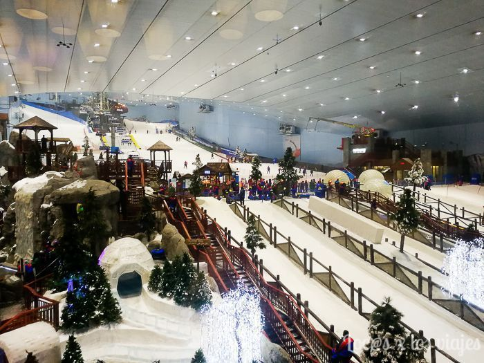 Pista de ski en el Mall of Emirates