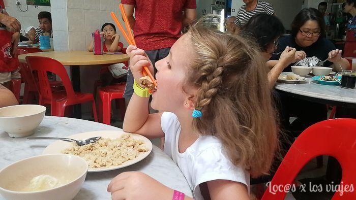 Comida con niños en Malasia: