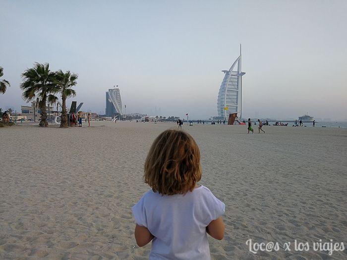 Emiratos con niños