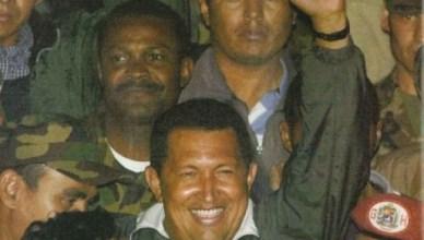 Globovision, een van de grote commerciële tv-stations van Venezuela, zond de 'eedaflegging' van Pedro Carmona op 11 april 2002 rechtstreeks uit. Toen veertig uur later de staatsgreep mislukt was, zond deze zender tijdens de terugkeer van wettelijk verkozen president Chávez soaps en tekenfilms uit ... volgens De Standaard duurden die twee dagen wel twee maanden (wat later door de ombudsman werd rechtgezet in zijn column maar voor de argeloze student die een schoolwerk moet schrijven staat het betreffend artikel nog steeds ongewijzigd op internet)