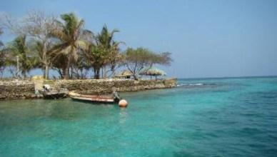 De Atlantische kust van Colombia is één van de mooiste ter wereld. Colombia heeft ook de grootste diversiteit aan flora en fauna ter wereld. Dat idyllische beeld geldt niet voor de maatschappelijke realiteit