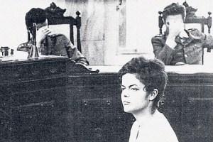 Dilma Rousseff tijdens haar proces voor een militaire rechtbank in 1970