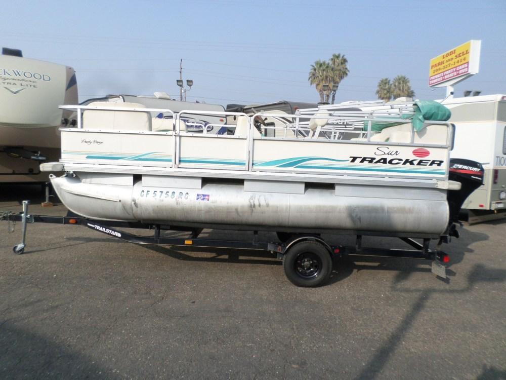 medium resolution of 2004 sun tracker party barge pontoon boat 17