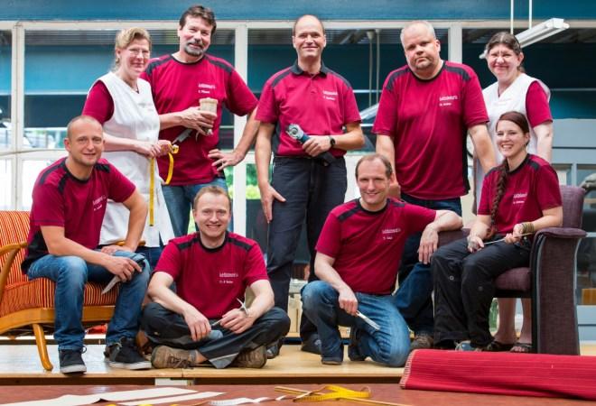 Polsterei Löffelsend Werkstatt-Team - geleitet von Boris Matthies (hinten mitte)