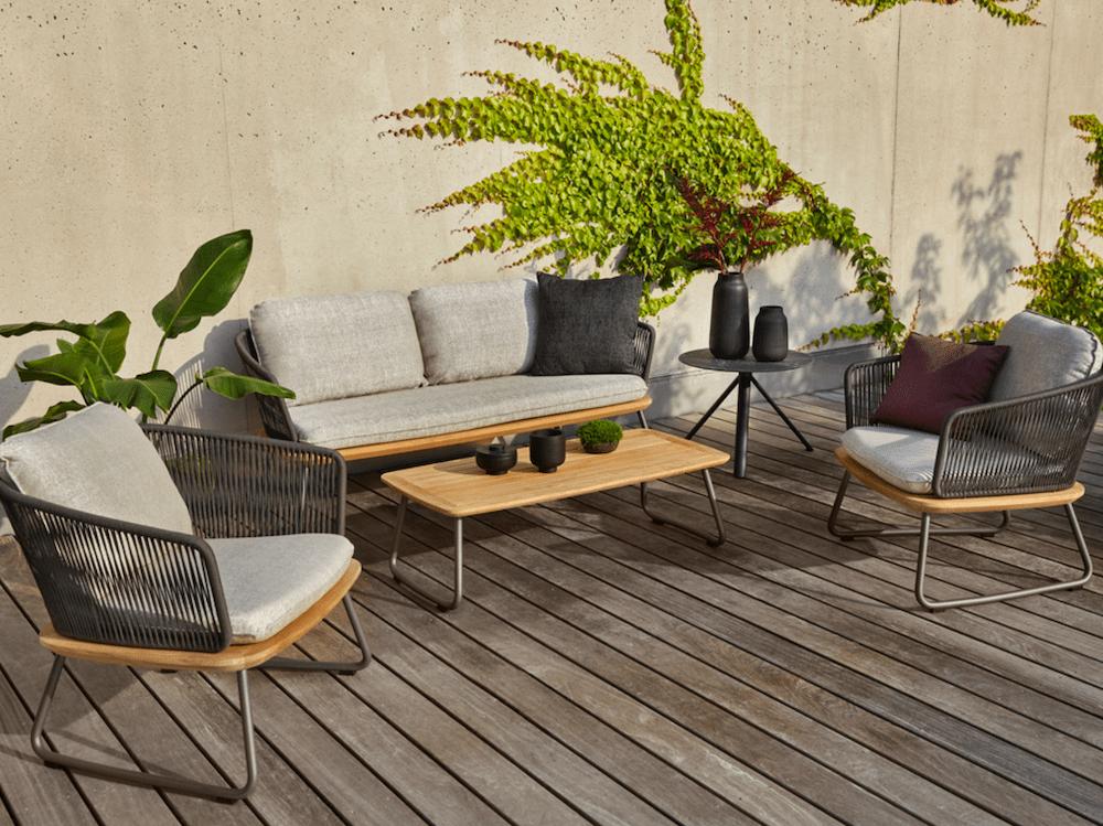 Outdoor-Möbel der Marke Weishäupl in der Polsterei Löffelsend im Landkreis Harburg