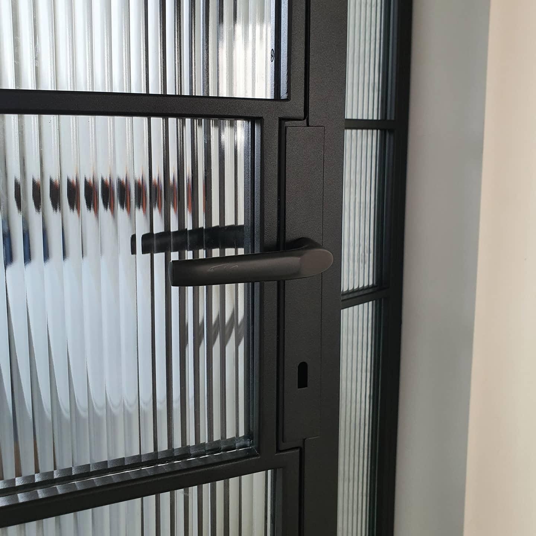 Drzwi loftowe detal