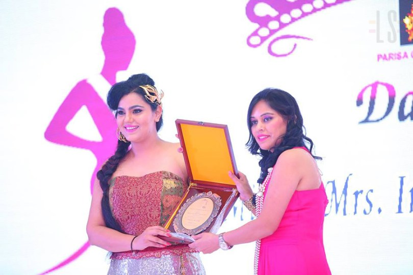 dazzle-miss-and-Mrs-india-international2