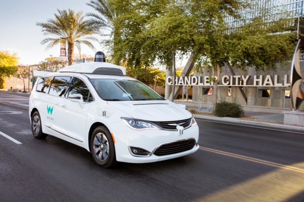 [NEWS] Waymo and Lyft partner to scale self-driving robotaxi service in Phoenix – Loganspace