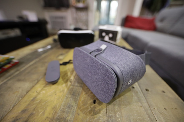 [NEWS] Google's big VR news is that there is no VR news – Loganspace