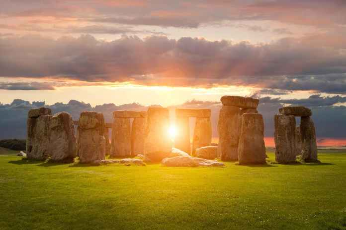 [Science] Hear what music would have sounded like at Stonehenge 4000 years ago – AI
