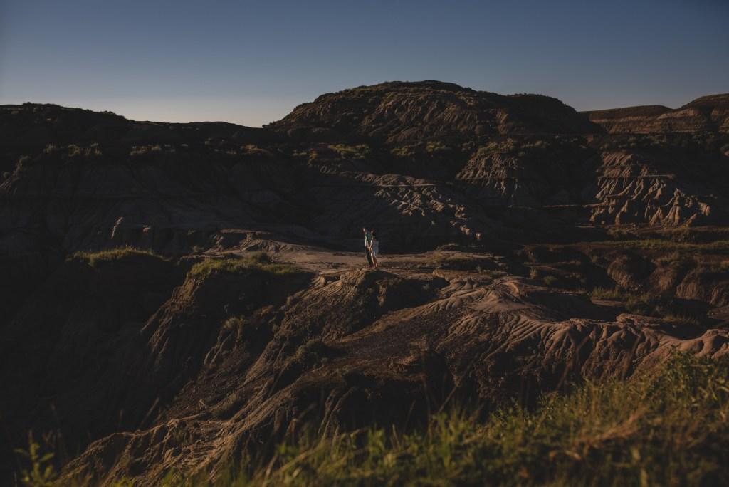 drumheller-engagement-mountain-walk