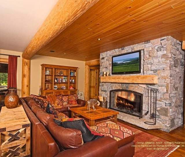 Ontario Waterfront Family Log Cabin Room