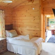 Log Cabin with Hot Tub near Alton Towers - Waterside Lodge