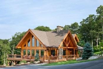 Log Home Exterior, Reverse Gable
