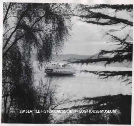 Fauntleroy Beach scene, c. 1910 SWSHS #2010.3.1
