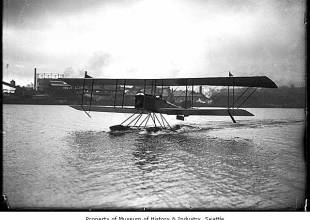 Thumbnail for the post titled: January 14 Words, Writers, and Southwest Stories: Herbert Munter – Aviator of the Pacific Northwest (1895-1970)