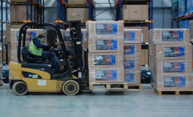Home 3 The UK's Smart Warehousing Marketplace - LogistCompare connects organisations needing warehouse storage space with warehouse providers. Our platform allows warehouse providers to rent out availabl
