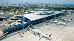 movimento de passageiros e carga nos aeroportos do Brasil