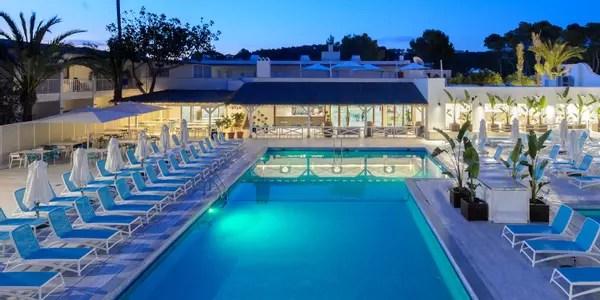 1410 Hoteles en Ibiza  Ofertas de hotel desde 13