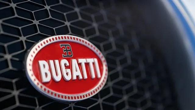 bugatti logo is it