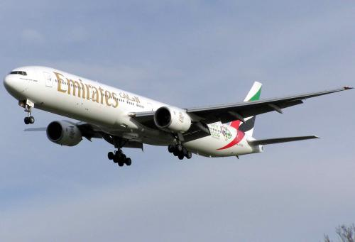 airplane-emirates