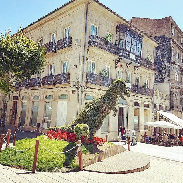 Jurassic Park is arrived in Vigo, Spain #cruise #crew #sailing #travel #traveling #visiting #traveler #instatravel #instago #instagood #trip #photooftheday #travelling #tourism #tourist #instapassport #instatraveling #mytravelgram #travelgram #travelingram #igtravel #instalife #travelblog #garden #dinosaur