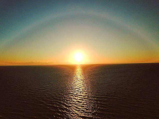 When the sun touch the sea #sabaudia #sunset #djimavic #drone #sea #beach  #sand #water #naturelovers #seascape #beautiful  #natureza #vitaminsea #seaview #refelctions #summervibes #seaside #riverside #ocean #amazing #nature #ripples #water_shots #waterfall #bluesea #sealovers #instagood