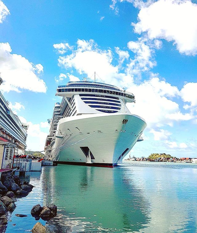The magnificent MSC Seaside docked in Antigua the last December #TBT #cruising #cruise #crew #sailing #travel #traveling #traveler #instatravel #instago #instagood #trip #photooftheday #instapassport #instatraveling #mytravelgram #travelgram #travelingram #igtravel #instalife #travelblog #sea #travelstoke
