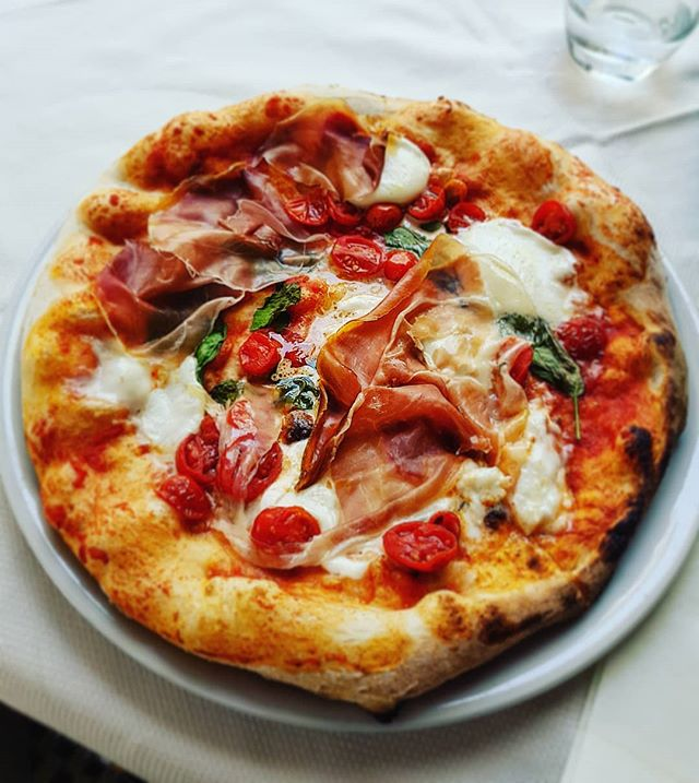 I cannot leave Naples without before tasting a delicious pizza #madeinnaples #cruising #cruise #crew #sailing #travel #traveling #traveler #instatravel #instago #instagood #trip #photooftheday #instapassport #instatraveling #mytravelgram #travelgram #travelingram #igtravel #instalife #travelblog #sea #travelstoke