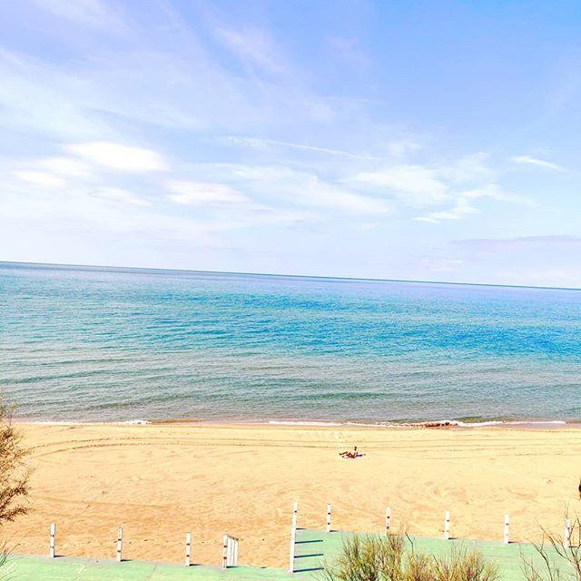 Finally at home 🤙•••#sabaudia #beach #sand #clouds #travel #travelling #traveler #instatravel #wanderlust #trip #lifeofadventure #doyoutravel #instapassport #instatraveling #mytravelgram #travelgram #travelingram #travelstoke #traveling #travelblog #instago