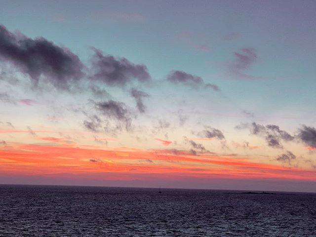 Just another sunset on Caribbean sea 🤙 #cruises #crew #crewlife #lifeatsea #traveling #sunset_madness #traveladdict #traveltheworld #prilaga #seaside #sunsetlover #travelphoto #caribbeanlife #travelblogger #traveller #travelgram #caribbeansea #traveler #travellife #sunsets #travelling #travelphotography #travelingram #travelblog #caribbean #travel #sunset #travelstoke #sunsetlovers #sea
