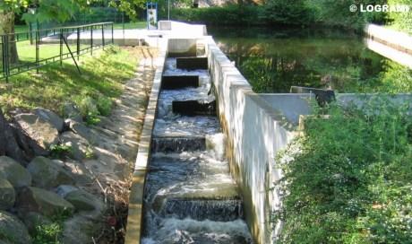 Passe à bassins successifs de l'usine hydroélectrique de Langeac