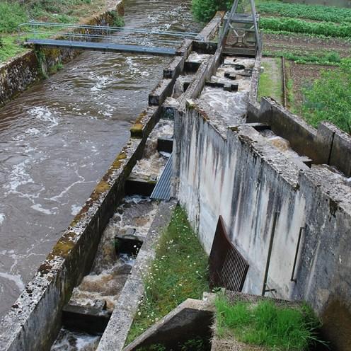 Passe à poissons du barrage de la Roche Etrangleloup