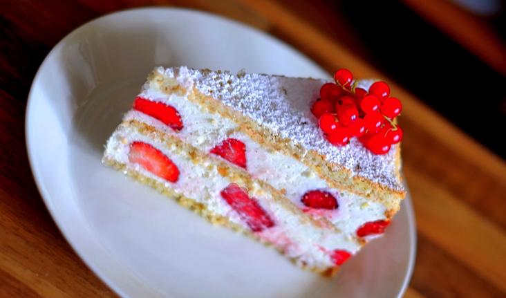 Rezept Erdbeertorte Erdbeersahnetorte Biskuit