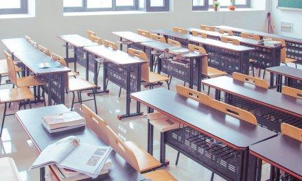 Retorno das aulas gera controvérsia entre professores e escolas
