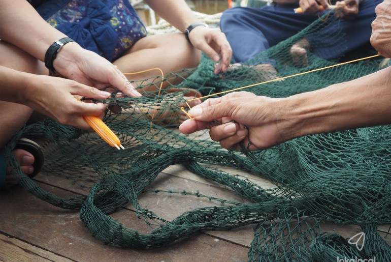 Learn to mix fishing nets at Sekinchan - See more local experiences at LokaLocal