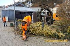 Die Mitarbeiter des Baubetriebhofs bereiten die Stadt für den Besuch des Bundespräsidenten Steinmeier vor.