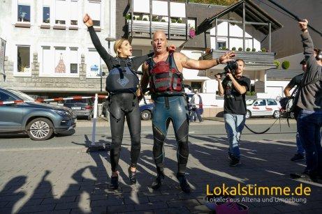 ls_lenne-lebt-altena-pappbootrennen_180930_45