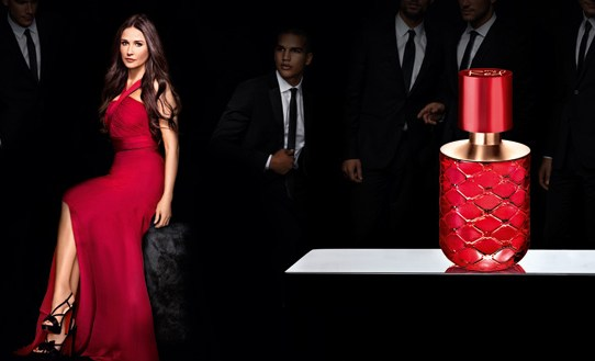 Oriflame lansează My Red by Demi Moore