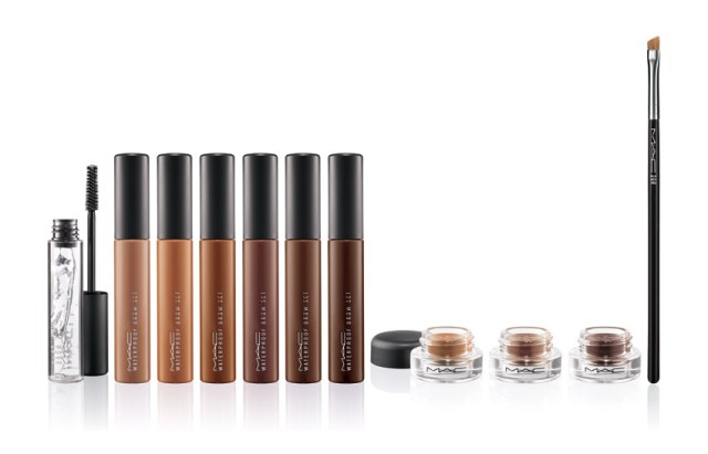 Pro Longwear Waterproof Brow (81 lei): Clear clear, Emphatically Blonde, Toasted Blonde, Red Chestnut, Quiet Brunette, Bold Brunette, Brown Ebony Fluidline Brow Gelcreme (92 lei): Redhead, Dirty Blonde, Deep Dark Brunette Brush (107 lei): #208 Angled Brow