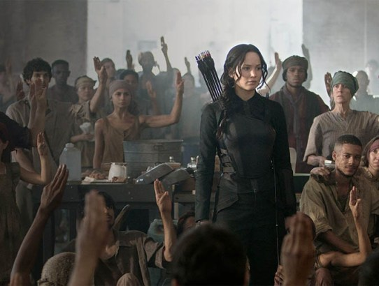 Recomandare de week-end - The Hunger Games: Mockingjay - Part 1