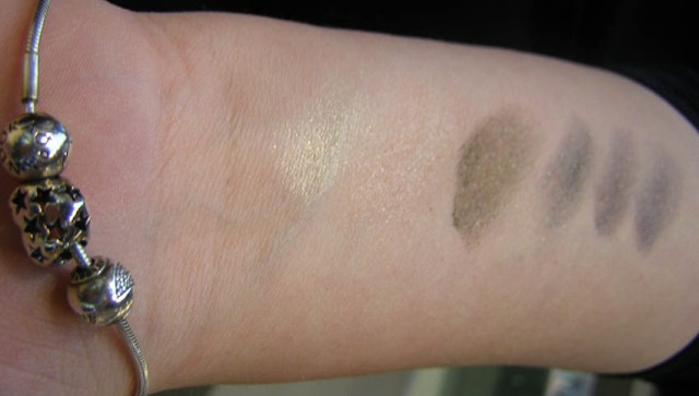MAC Cosmetics, Lightness of Being, Mineralize Eye Shadow, swatches